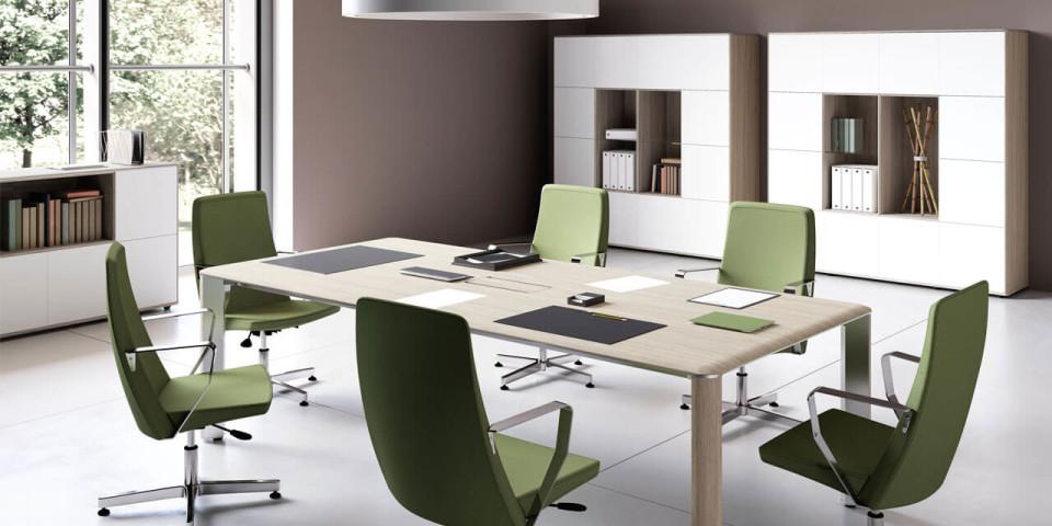 Aranżacja nowego biura – jakie niezbędne meble kupić na początku