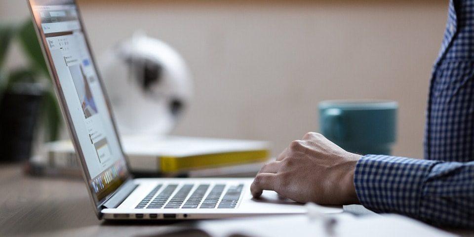 Wydajność pracowników a wystrój biura – na co zwrócić uwagę